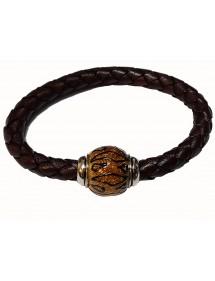 Bracciale intrecciato in pelle bovina marrone anilina, perlina in acciaio smaltato glitterato giallo - 18 cm 314191M18 Baci B...