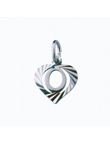 Sterling silver pendant encircled by a chiseled heart - initial O 9,90€ 9,90€