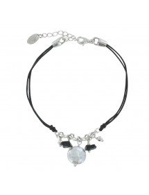 Black cord bracelet with black agate and white mother-of-pearl 3180765 îlOcéane 26,00 €