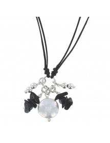 Black cord necklace with black agathe and white mother-of-pearl 3170900 îlOcéane 25,00€
